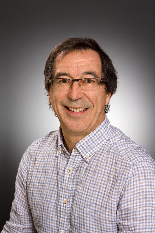 Dr. Daniel Roux
